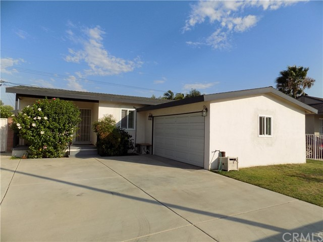 Additional photo for property listing at 820 Meeker Avenue  La Puente, 加利福尼亚州 91746 美国