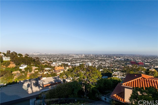 1500 Viewsite Ter, Los Angeles, CA 90069 Photo 23