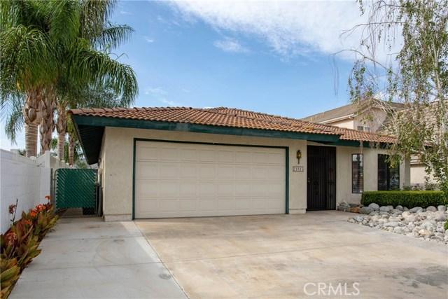 21815 Strawberry Lane, Canyon Lake CA: http://media.crmls.org/medias/ab25dd82-07cc-42d7-a1ef-b2fc847707a9.jpg