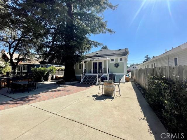 1208 Pismo Street, San Luis Obispo CA: http://media.crmls.org/medias/ab2eeb94-b0b3-4078-81b8-5f1b12db550b.jpg