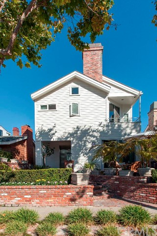 Single Family Home for Rent at 516 Begonia St Corona Del Mar, California 92625 United States