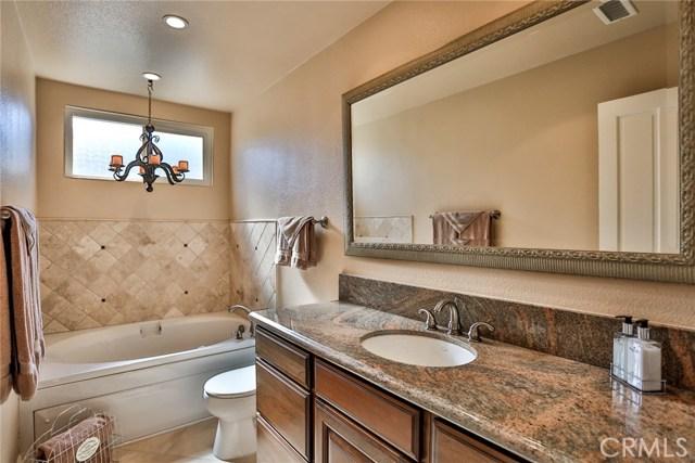 210 12th Street, Huntington Beach CA: http://media.crmls.org/medias/ab520887-d819-48c7-955b-073e33fcff4c.jpg