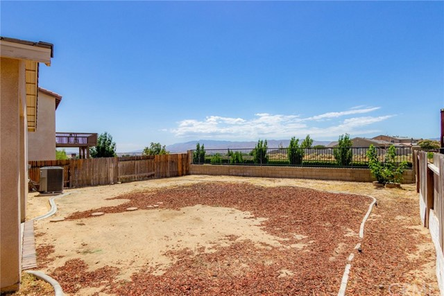 17655 High Point Court,Victorville,CA 92395, USA
