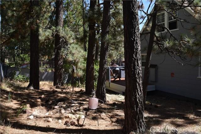 416 Vista Lane, Big Bear CA: http://media.crmls.org/medias/ab603da3-42d3-4602-8523-32c33ed22f42.jpg