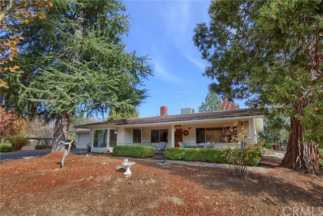 Detail Gallery Image 1 of 1 For 45512 Lauri Ln, Oakhurst, CA 93644 - 2 Beds | 2 Baths