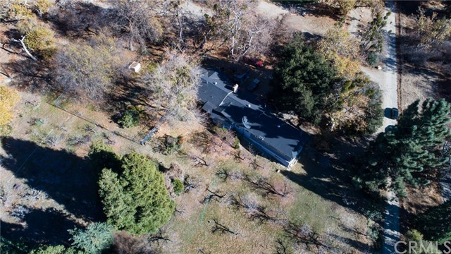 11833 Oak Glen Road, Oak Glen CA: http://media.crmls.org/medias/ab6bf5fb-9b11-4412-bdb5-343778ba574a.jpg