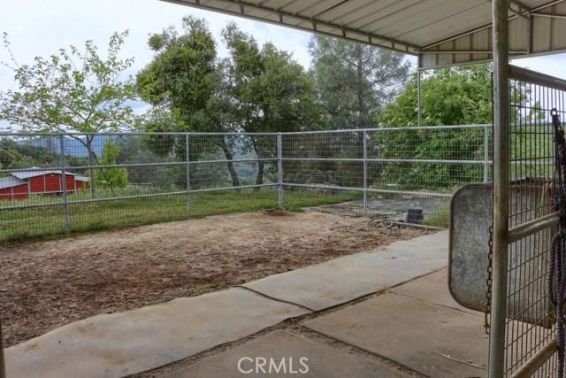 31434 Wyle Ranch Road, North Fork CA: http://media.crmls.org/medias/ab6c585b-77b6-496c-9d16-41e89f8c5ca5.jpg