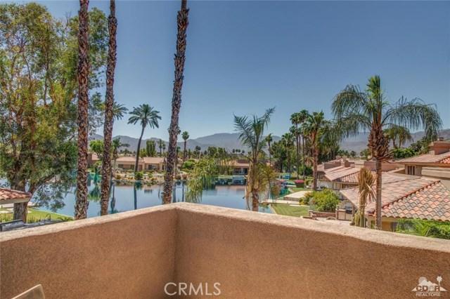 186 Desert Lakes Drive, Rancho Mirage CA: http://media.crmls.org/medias/ab711767-3eb6-4c5c-ba45-bb6bcd2e0960.jpg