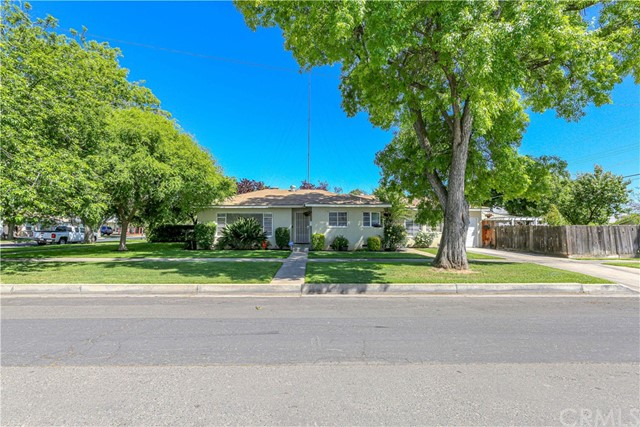 Detail Gallery Image 1 of 1 For 2434 P St, Merced,  CA 95340 - 2 Beds | 1 Baths
