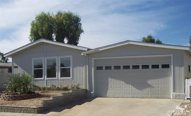 Manufactured for Sale at 39285 Manzanita Drive 39285 Manzanita Drive Palm Desert, California 92260 United States