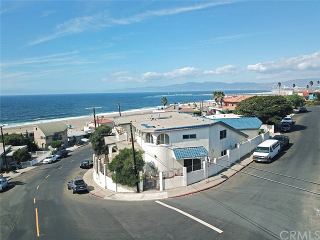 135 Waterview Street  Playa del Rey CA 90293