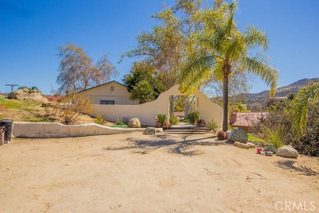 42569 Thornton Avenue, Hemet, CA, 92544