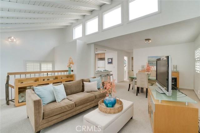 512 Longfellow Avenue  Hermosa Beach CA 90254