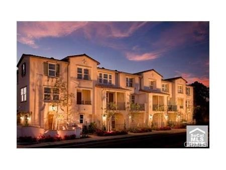 Townhouse for Rent at 953 Bluff Road S Montebello, California 90640 United States