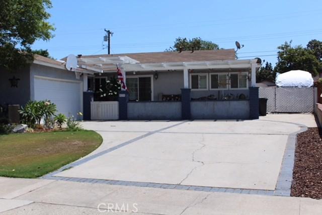 2536 Balfour Avenue, Fullerton CA: http://media.crmls.org/medias/ab9df212-0e69-4846-b29b-1e1be0e286b0.jpg