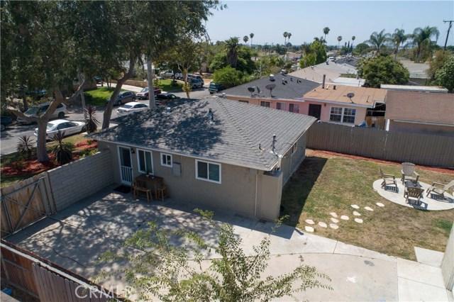 11309 Newgate Avenue, Whittier CA: http://media.crmls.org/medias/ab9f67fa-45e8-49c1-ab8a-7c7a5f053625.jpg