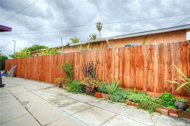 1540 W 69th St, Los Angeles, CA 90047 Photo 18