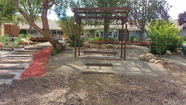 Photo of 33355 Louise Road, Winchester, CA 92596