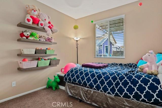 21 Nutwood Avenue, Beaumont CA: http://media.crmls.org/medias/abaed888-8eeb-413c-ad4b-dcd7f46c8fed.jpg