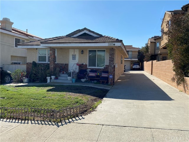 1908 Ernest, Redondo Beach, California 90278, ,Residential Income,For Sale,Ernest,PV21042719