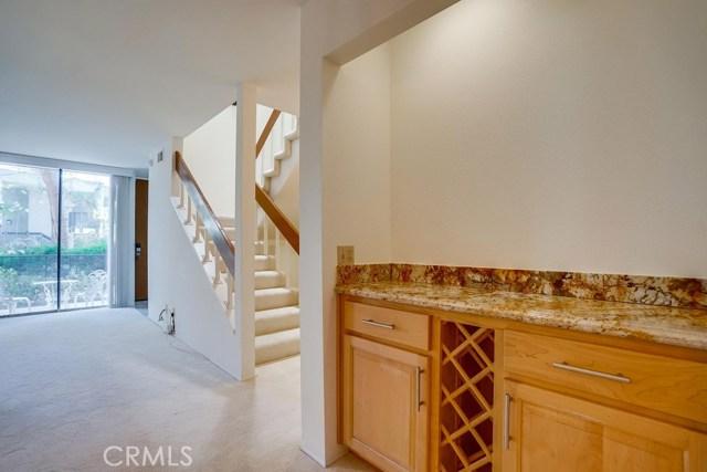 3607 W Hidden Lane, Rolling Hills Estates CA: http://media.crmls.org/medias/abb251c6-6945-431c-9c29-29138e1dc7c9.jpg