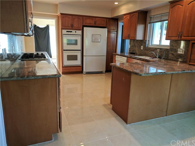 Single Family Home for Rent at 9602 Christine Circle Villa Park, California 92861 United States
