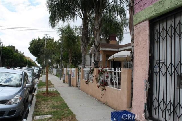 6115 Rugby Avenue, Los Angeles CA: http://media.crmls.org/medias/abd41cf7-60b3-424e-8f06-1c592c42e455.jpg