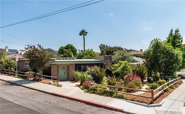 876 Center Street  El Segundo CA 90245