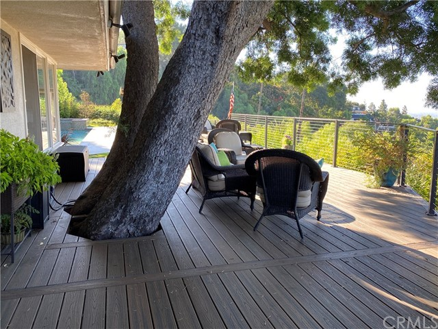 11402 La Vereda Drive, North Tustin CA: http://media.crmls.org/medias/abfb705c-394d-4da0-9db6-fc6773de73a5.jpg