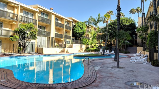 Detail Gallery Image 1 of 17 For 770 W Imperial Ave #85,  El Segundo,  CA 90245 - 2 Beds | 2 Baths