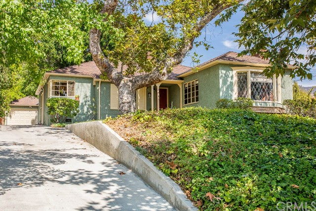 Photo of 420 420 S Sunset Canyon Drive Drive, Burbank, CA 91501