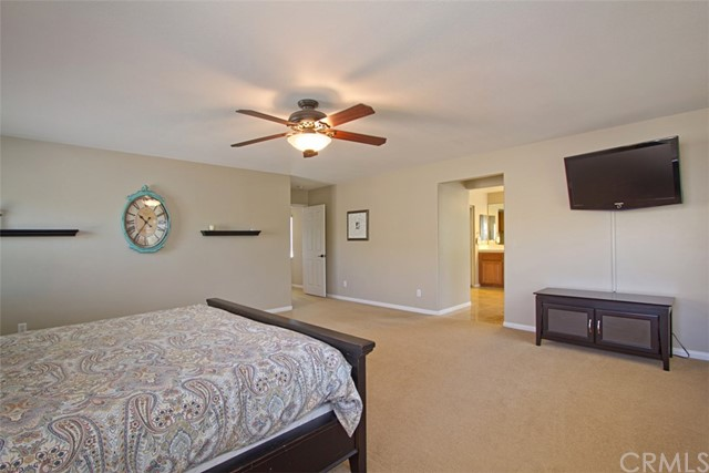 39981 Williamsburg Pl, Temecula, CA 92591 Photo 19