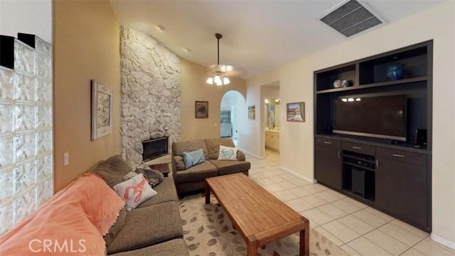76820 Castle Court, Palm Desert CA: http://media.crmls.org/medias/ac11798f-a49d-48b8-9a80-24b7d0fdb01d.jpg