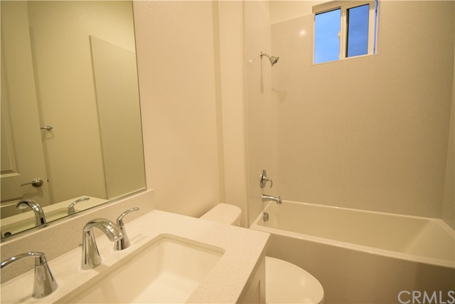 170 Follyhatch, Irvine, CA 92618 Photo 14