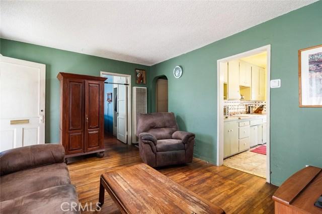 20609 Alburtis Avenue, Lakewood CA: http://media.crmls.org/medias/ac5a5352-c100-4a7e-8453-02b2b473e303.jpg
