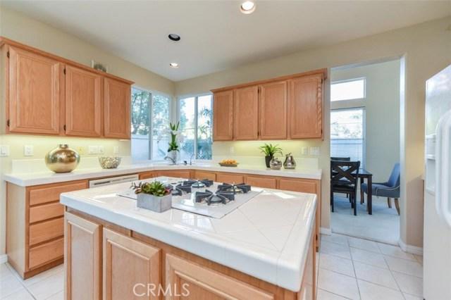 1 Calavera, Irvine CA: http://media.crmls.org/medias/ac658113-2fa8-4c24-9e1e-6972deb98b25.jpg