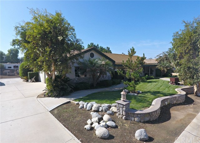 382 Greentree Rd, Norco, CA 92860 Photo