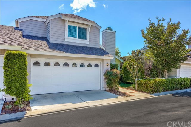 16 Autumnleaf 61 , CA 92614 is listed for sale as MLS Listing OC18127095