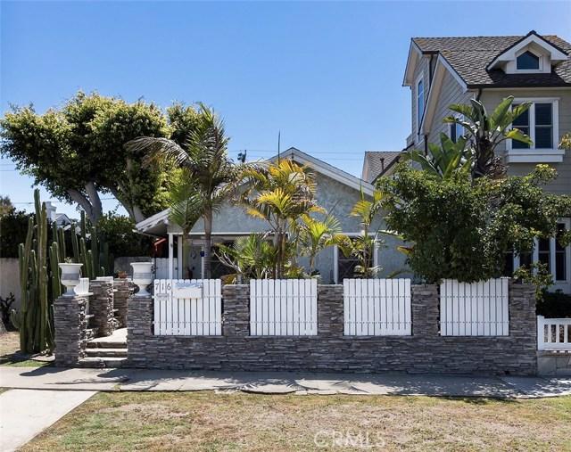 716 14th Street, Huntington Beach CA: http://media.crmls.org/medias/ac814f6f-285f-4bac-a195-b13431157e65.jpg