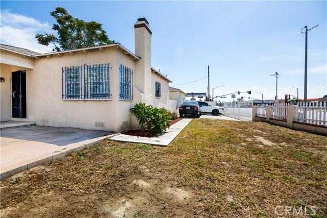 2702 N Dalhart Avenue, Compton CA: http://media.crmls.org/medias/ac8c0dbe-29ad-4404-a541-71455457b2b4.jpg
