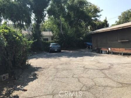 209 S Michigan Avenue, Pasadena CA: http://media.crmls.org/medias/acad717b-08f6-4083-80d9-246e321f5e34.jpg