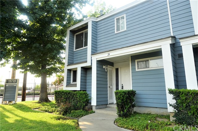 15735 Nordhoff Street, North Hills CA: http://media.crmls.org/medias/acb18a7a-41ea-48cc-a1fc-9954fdba5f5f.jpg
