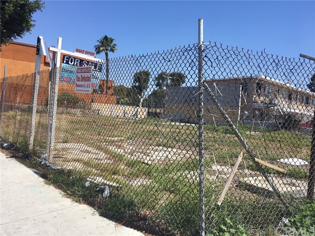 1220 S Long Beach Boulevard Compton, CA 90221 - MLS #: DW18099530