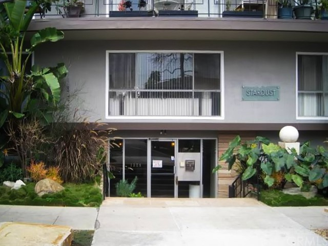 1329 1st Street 14, Long Beach, CA, 90802