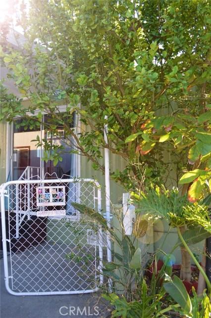 100 W Midway Dr., Anaheim, CA 92805 Photo 1
