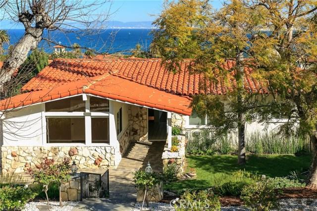 441 Via Almar, Palos Verdes Estates CA: http://media.crmls.org/medias/acc808e9-16a6-46d9-8cc4-075fd8e990ca.jpg