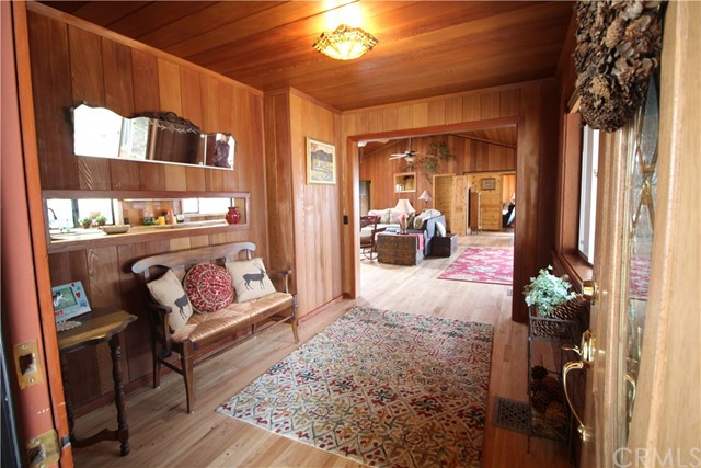 Single Family Home for Sale at 54610 Jameson Drive 54610 Jameson Drive Idyllwild, California 92549 United States
