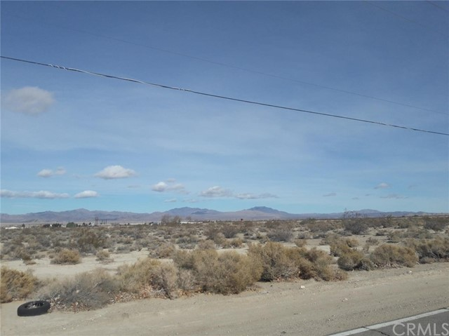 0 Briar Way, Lucerne Valley CA: http://media.crmls.org/medias/ace955bb-84cf-4be7-9ef0-4f40fa4602d4.jpg
