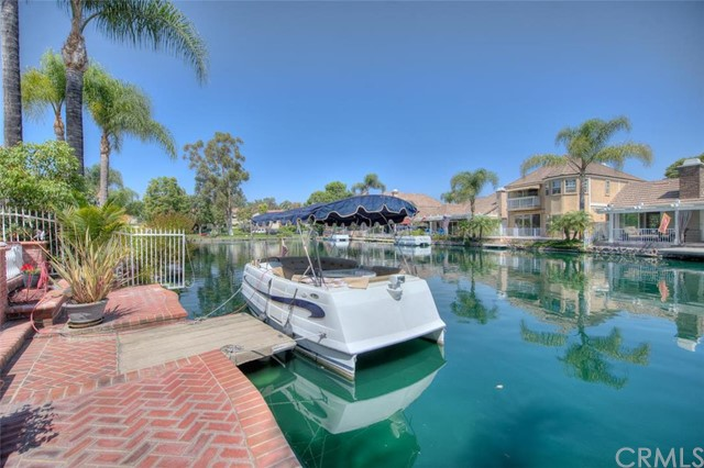 5372 Via Morena Yorba Linda, CA 92886 is listed for sale as MLS Listing PW16196835