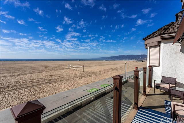 1366 Palisades Beach Rd, Santa Monica, CA 90401 Photo 4